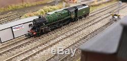 372-725 Farish N Gauge Class 5mt 73068 Br Green Late Crest