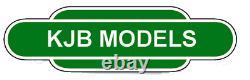 BNIB N Gauge Farish 372-032 GWR'Castle' 5070'Sir Daniel Gooch' BR Lined Green