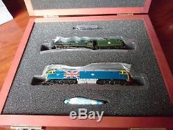 Bachmann Graham Farish box set Jubilee steam locomotive and Class 47 diesel loco