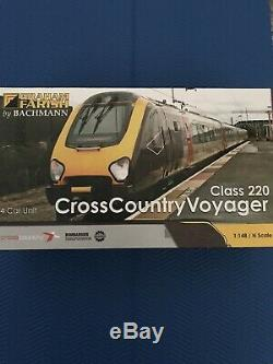 Cross Country Voyager Class 220