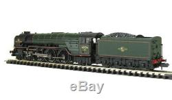 G/Farish 372-801 Class A1 4-6-2 60156'Great Central' in BR green late crest