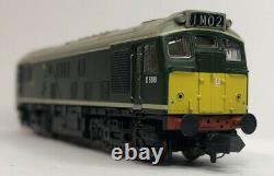 Graham Farish 371-085 Class 25/1 Diesel Locomotive D5188 BR Green Late Crest DCC