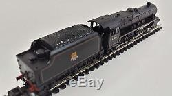 Graham Farish 372-136 Class 5 Stanier 4-6-0 45216 BR lined black E/emblem