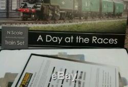 Graham Farish Day At The Races Train Set