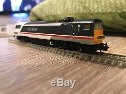 Graham Farish INTERCITY Class 91, x3 Mk4 Coaches & DVT (N Scale) Boxed