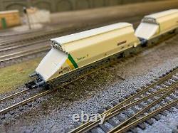 Graham Farish JGA 90-tonne hopper wagons x12 in Tarmac livery (N Gauge)