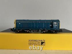 Graham Farish N Gauge 371-037 Class 20 20205 BR Blue Livery