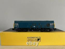 Graham Farish N Gauge 371-086A Class 25 25221 BR Blue Livery Re-numbered