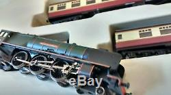 Graham Farish N Gauge Express Train