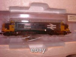 Graham Farish N Gauge Highlander Diesel Train DCC Starter Set Brand New