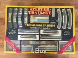 Graham Farish N Guage Starter Train Set No8543 & Executive Livery No8126 + Extra
