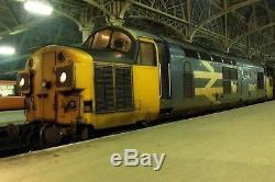 Graham farish Class 37 027 Loch Eil