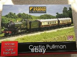 Graham farish n gauge train set Castle Pullman set with 6 additional carriages