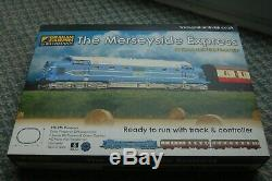 N GAUGE TRAIN SET The MERSEYSIDE EXPRESS. G. FARISH. NEW DCC ready 6 pin