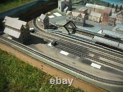 N Graham Farish Model Train Layout